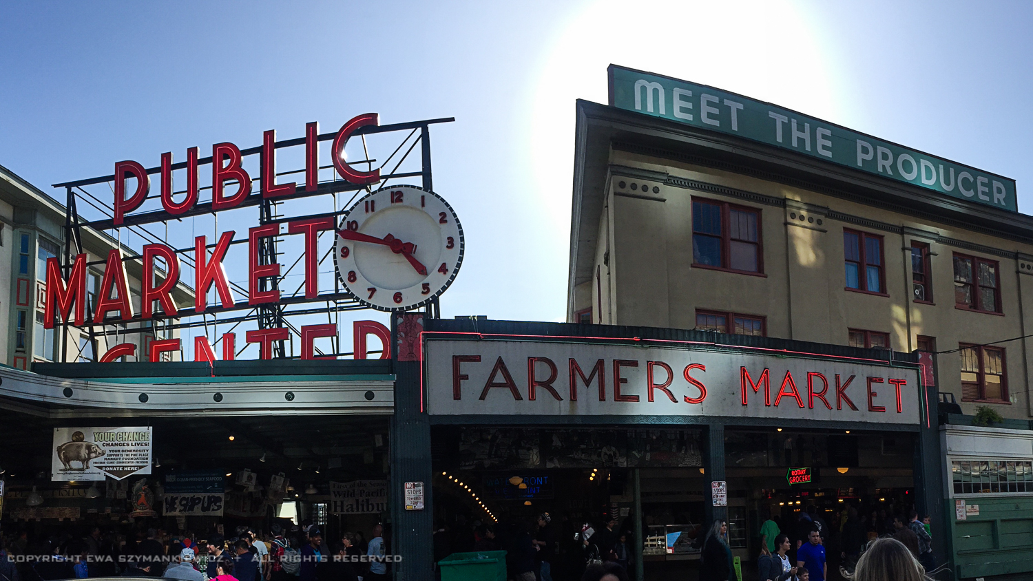 Pike Place Market in Seattle, Main entrance