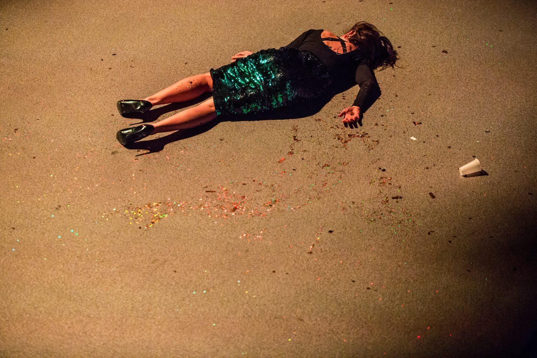 Kochanie_zabilam_nasze_koty_ TEATRNOWYWPOZNANIU_NZ_MARTA SZUMIEŁ (Fot. Jakub Wittchen)
