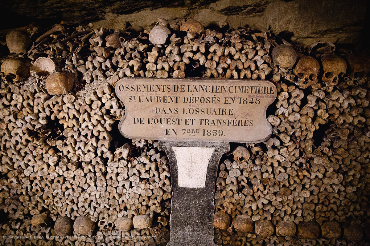 the catacombs of paris Visit catacombs of paris - information about opening hours and admission fees - tickets price paris catacombs are an underground ossuary, which contains the.