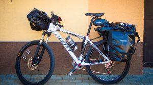 Pełen pakiet - Sakwy Ortlieb Bark Roller Classic na Bagażniku Kross TravelRack
