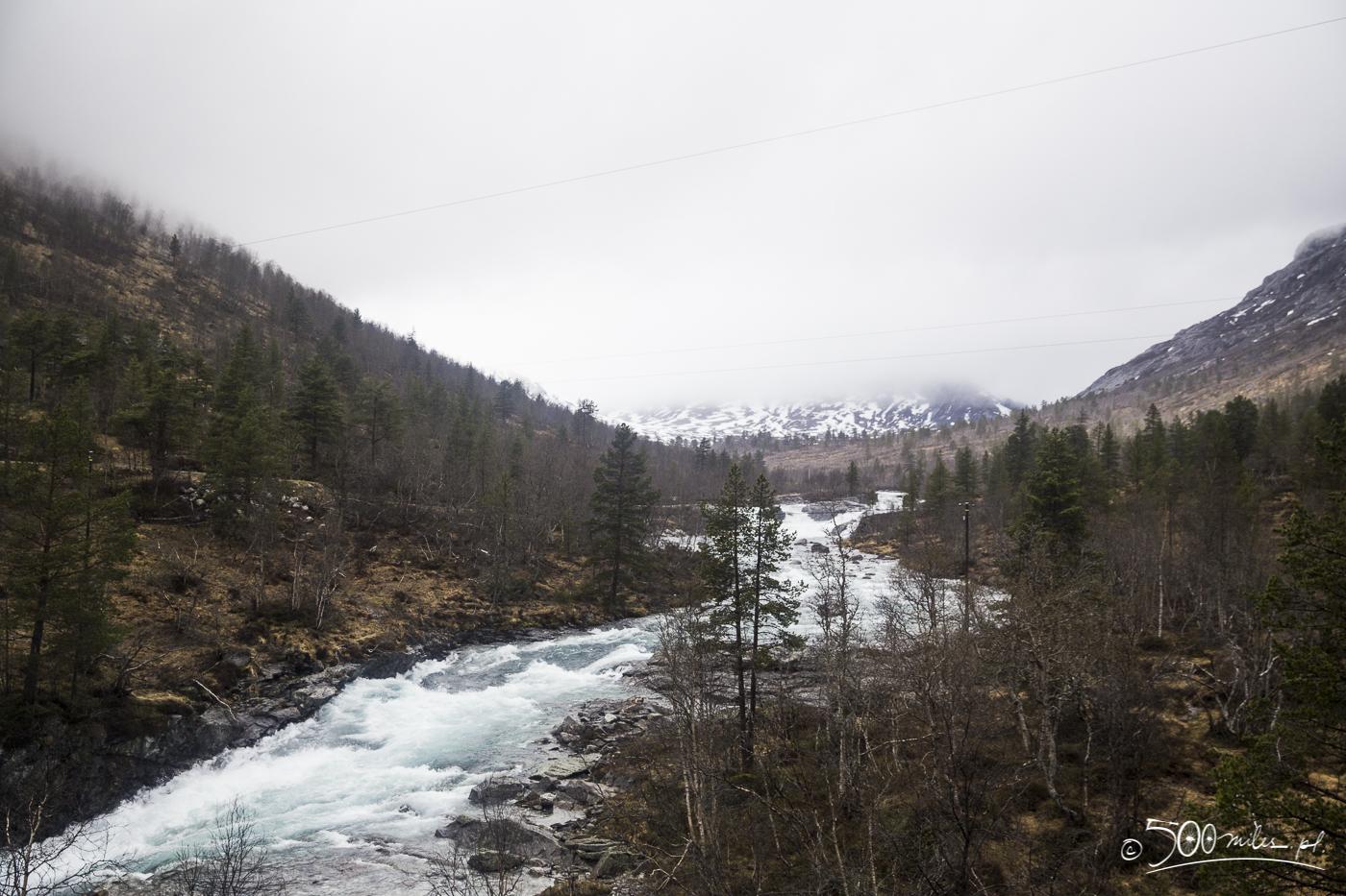Oslo-Bergen train ride - river view