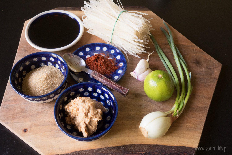 Przepis na Biwakowy Pad Thai - składniki