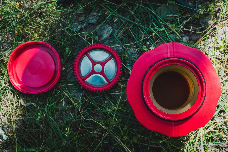 Cafflano Kompact - pojemnik, stalowy filtr i zakrętka